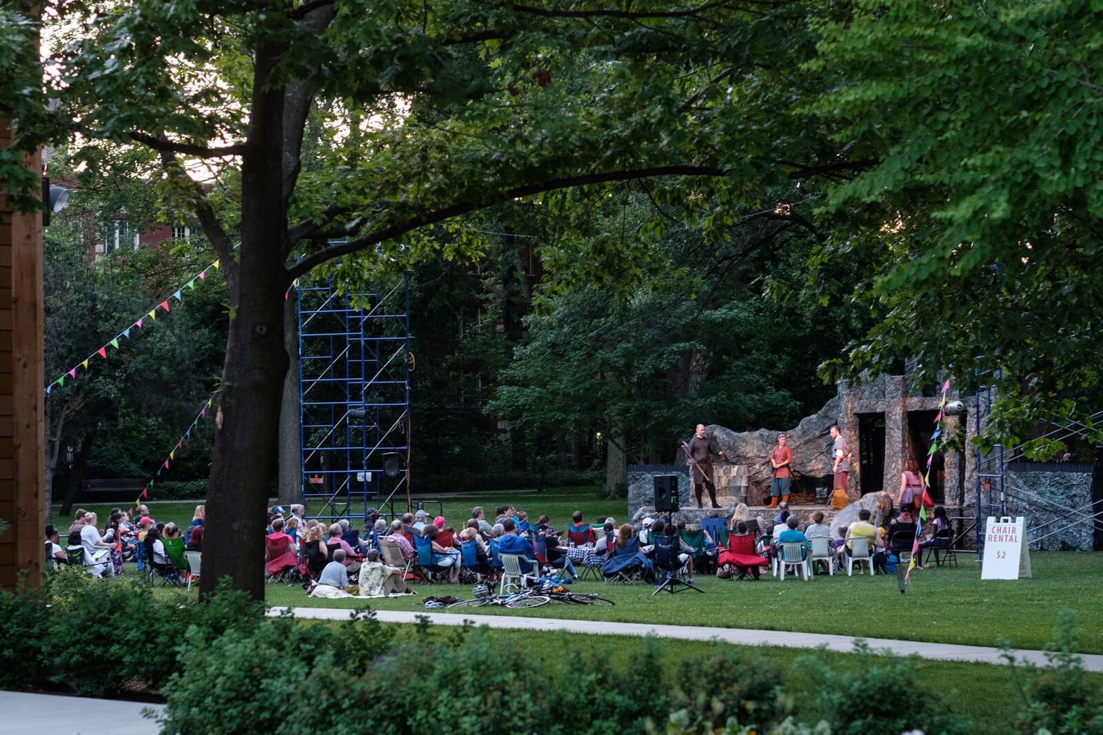 Outdoor theater in Downtown Oak Park, IL