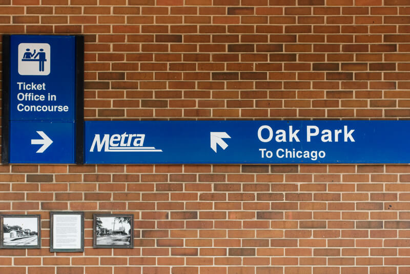 Metra trains to Oak Park, IL