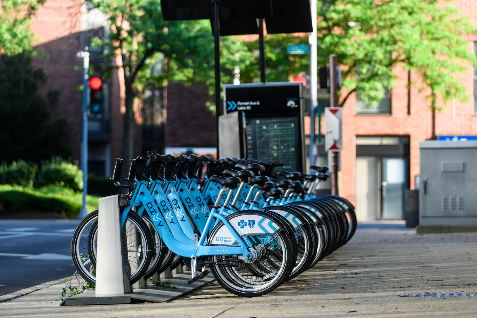 Divvy bikes in Downtown Oak Park, IL