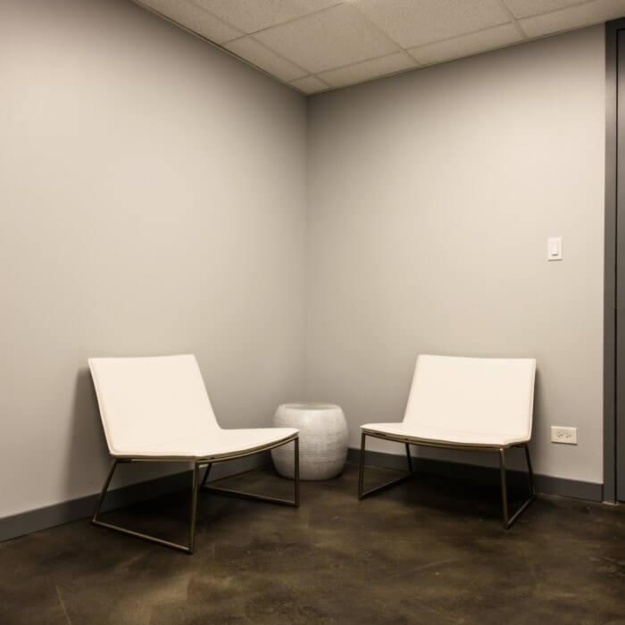 Available finished spec suite office space in Downtown Oak Park :: 1010 Lake Street, Oak Park, IL